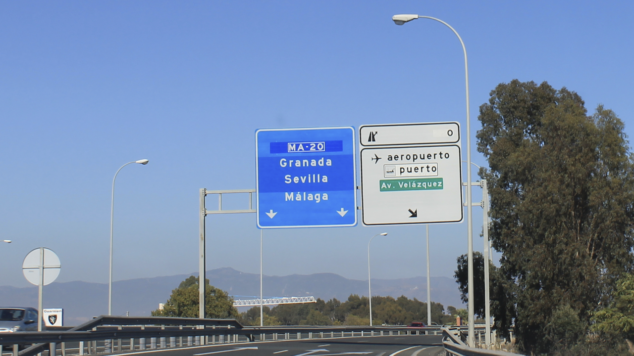 Current access to Malaga airport via Avenida Velazquez