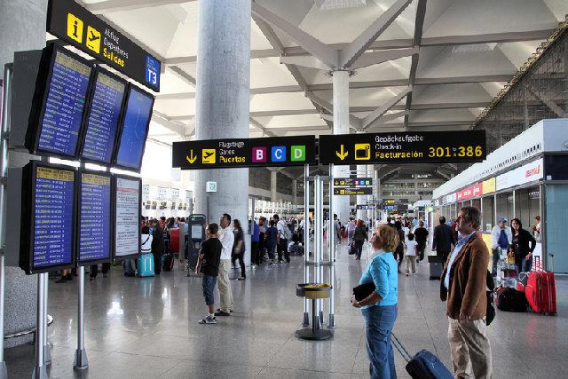Malaga airport Terminal 3 (2)