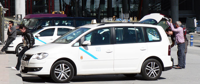 Malaga Airport Taxis | How to get a taxi from Malaga airport